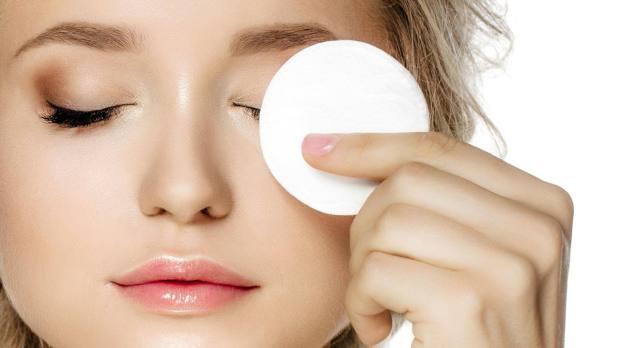 L'Oreal Paris Canada Canadian Freebies Free Eye Makeup Remover Waterproof Sample - Glossense